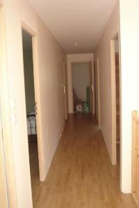 Huis met zwembad te koop aangeboden in de meuse loraine argonne clermont - Gang huis ...
